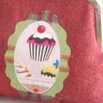 winter cupcakes shoulder purse
